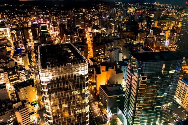 金色に輝く仙台の夜景の写真
