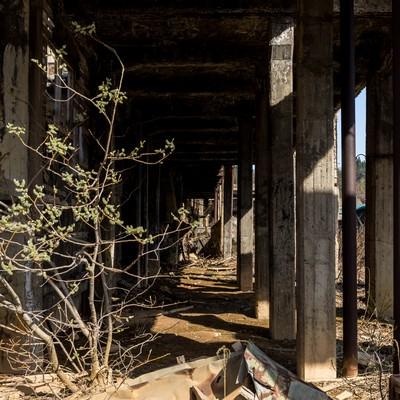 瓦礫と鉱山跡の写真