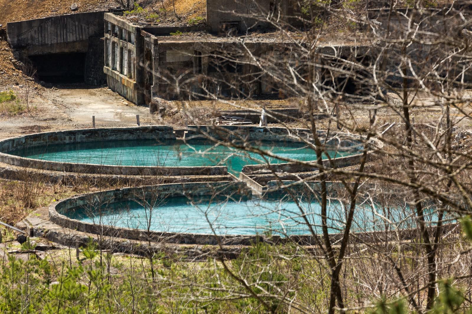 「尾去沢鉱山の水槽」の写真
