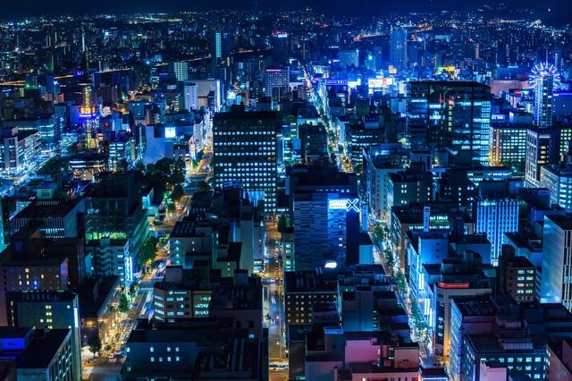 「札幌の街並み(夜景)」のフリー写真素材