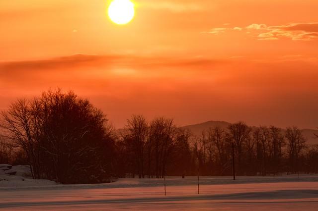 赤い夕陽の写真