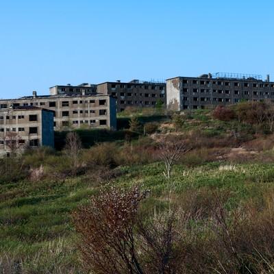 「高台の廃墟」の写真素材