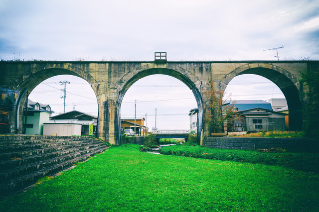 幻の大間鉄道のめがね橋の写真