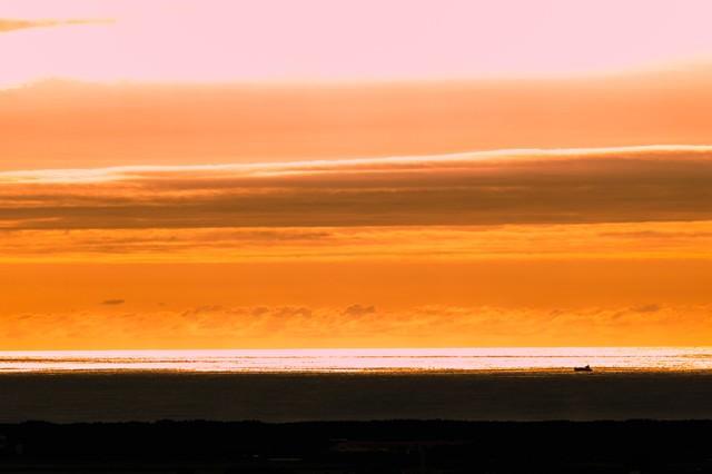 日本海の夕暮れの写真