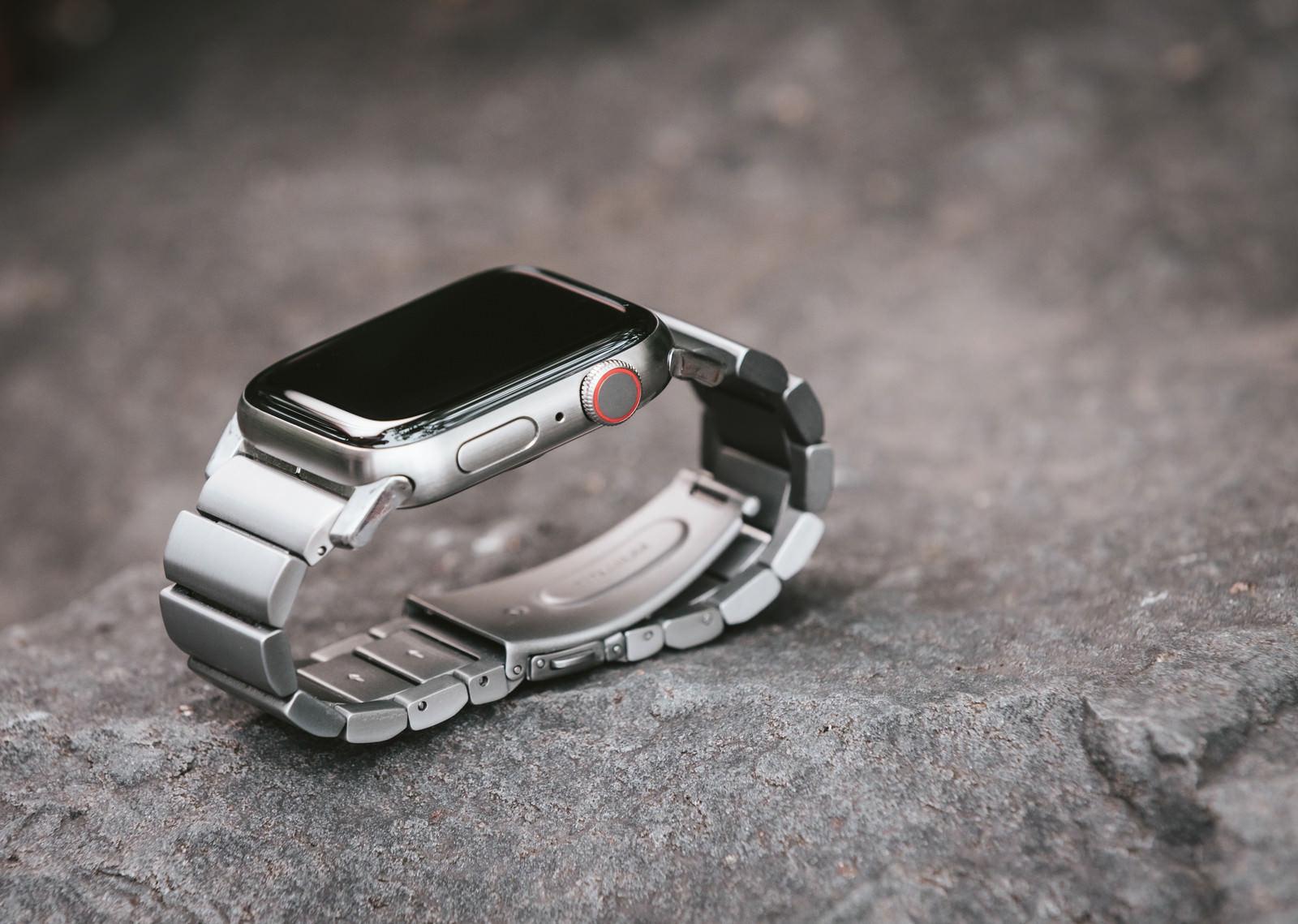 「高級感ある Apple Watch」の写真