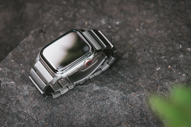 Apple Watch Series 5(チタン製)の写真