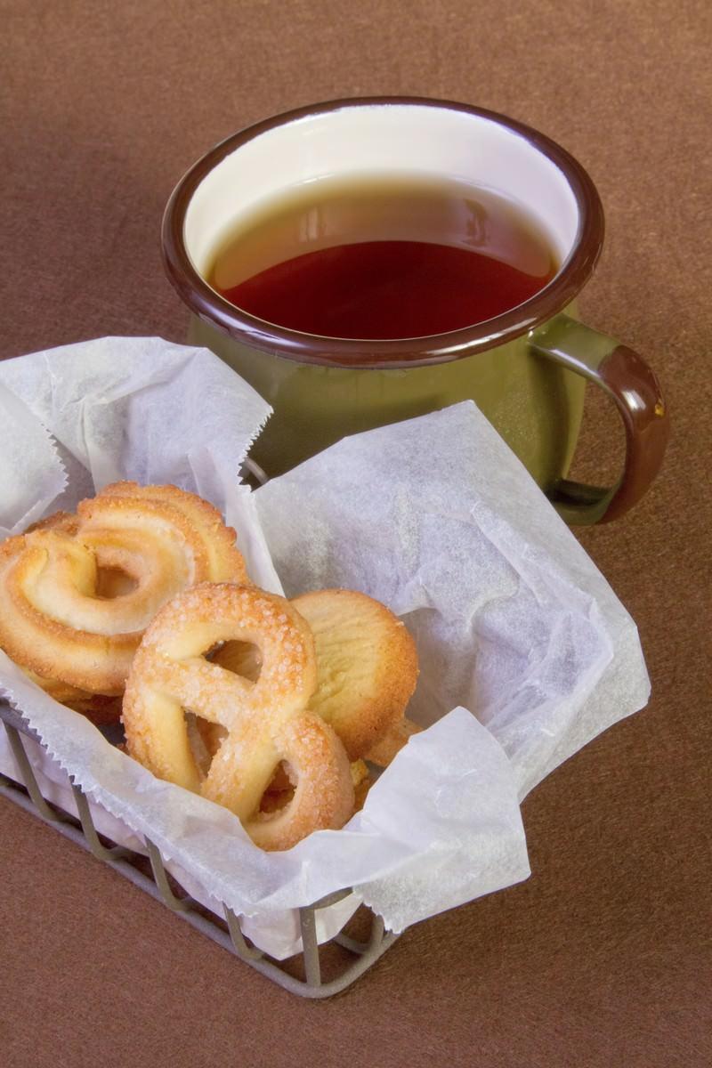「クッキーとお茶クッキーとお茶」のフリー写真素材を拡大