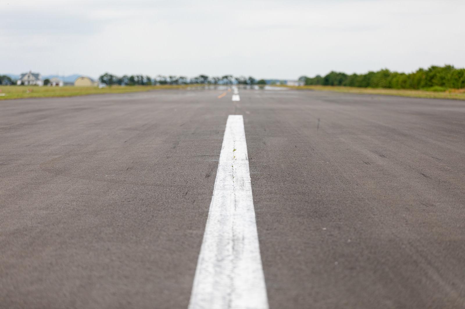 「滑走路中心線(美唄市農道離着陸場)」の写真