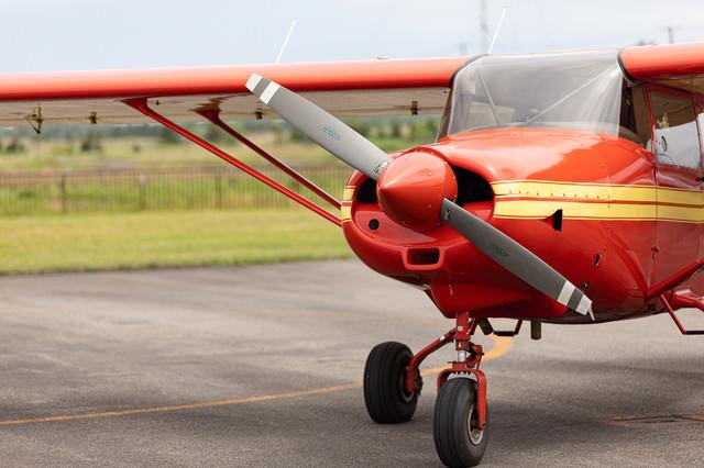 小型飛行機のプロペラの写真