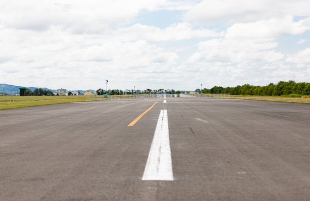 美唄市農道離着陸場の滑走路の写真