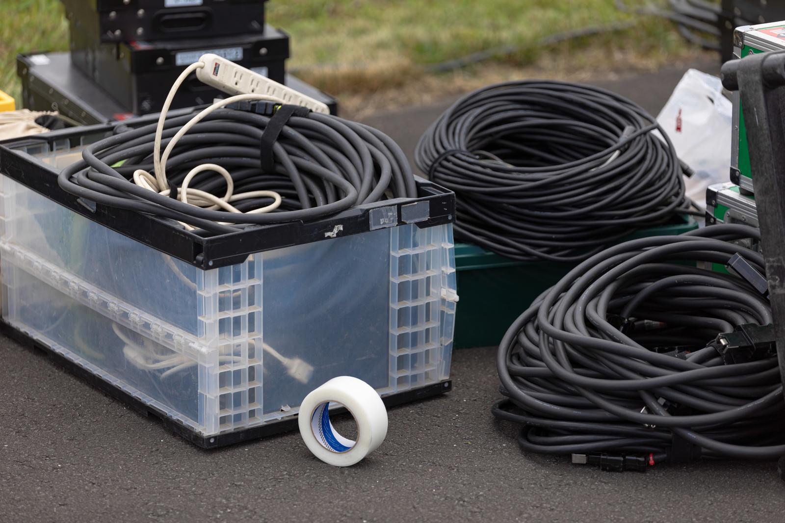 「機材ケーブル一式」の写真