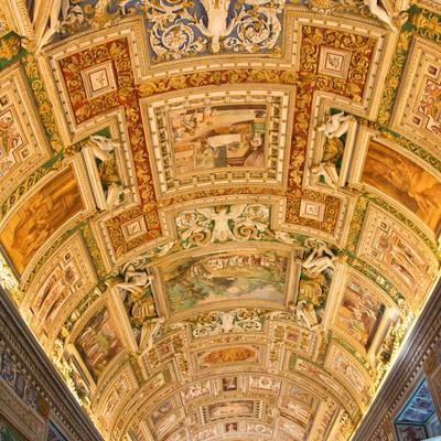 「バチカン美術館の天蓋画」の写真素材
