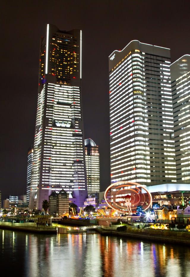 ランドマークタワーの夜景の写真