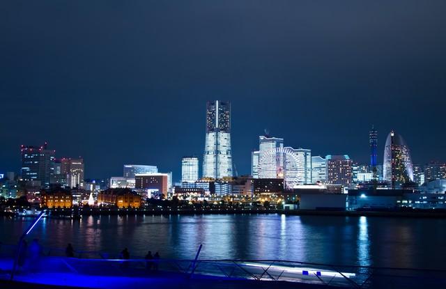 大桟橋からみなとみらいの夜景の写真