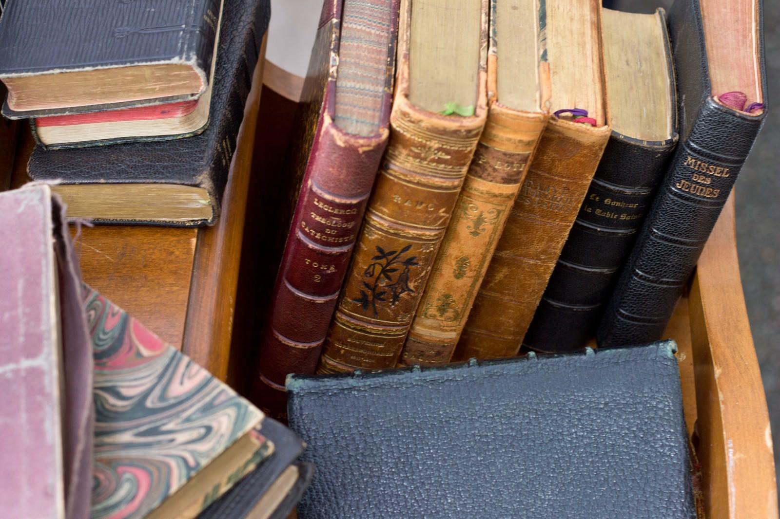「利用された洋書」の写真