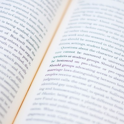 「洋書の見開き」の写真素材