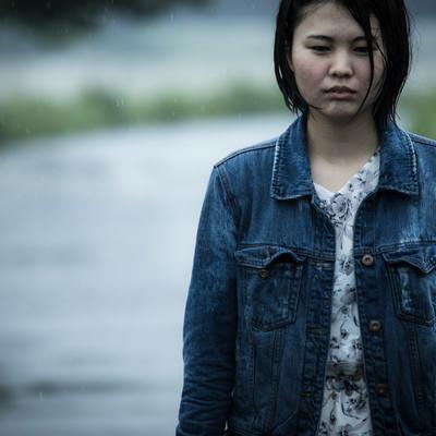 「涙雨」の写真素材
