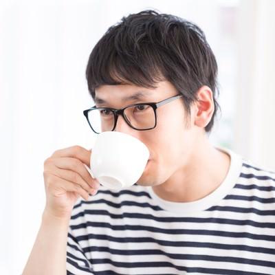「コーヒーとスウィーツのマリアージュ」の写真素材