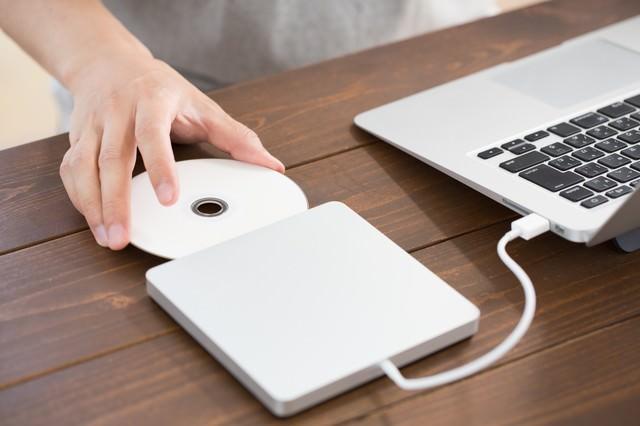 外付けDVDドライブを使ってインストールを行うの写真