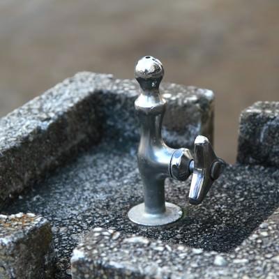 「公園の水飲み」の写真素材
