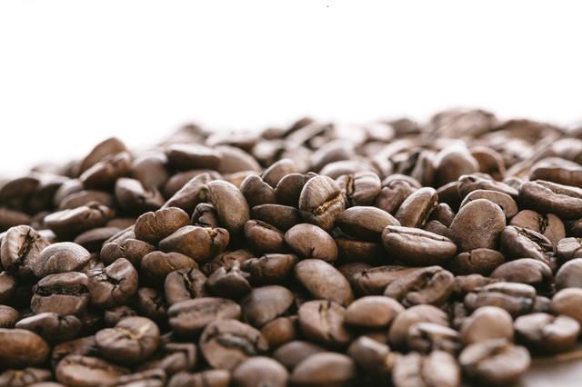 ロースト(焙煎)された珈琲豆の写真