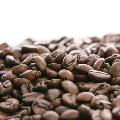 「ロースト(焙煎)された珈琲豆」の写真素材