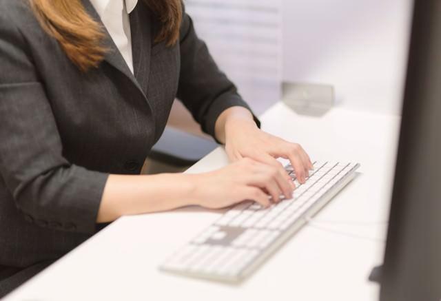 社内メールの書き方や注意点|挨拶/宛名/件名/締め・例文・返信