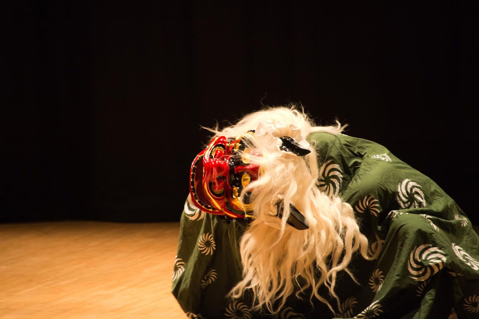 「獅子舞獅子舞」のフリー写真素材を拡大