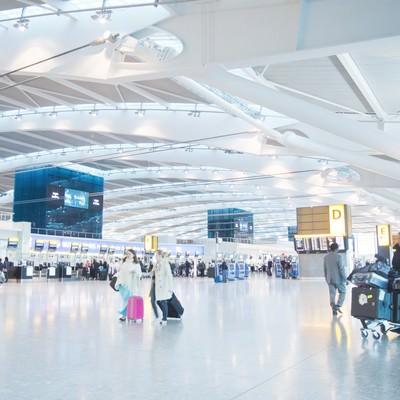 「ヒースロー空港のロビー」の写真素材