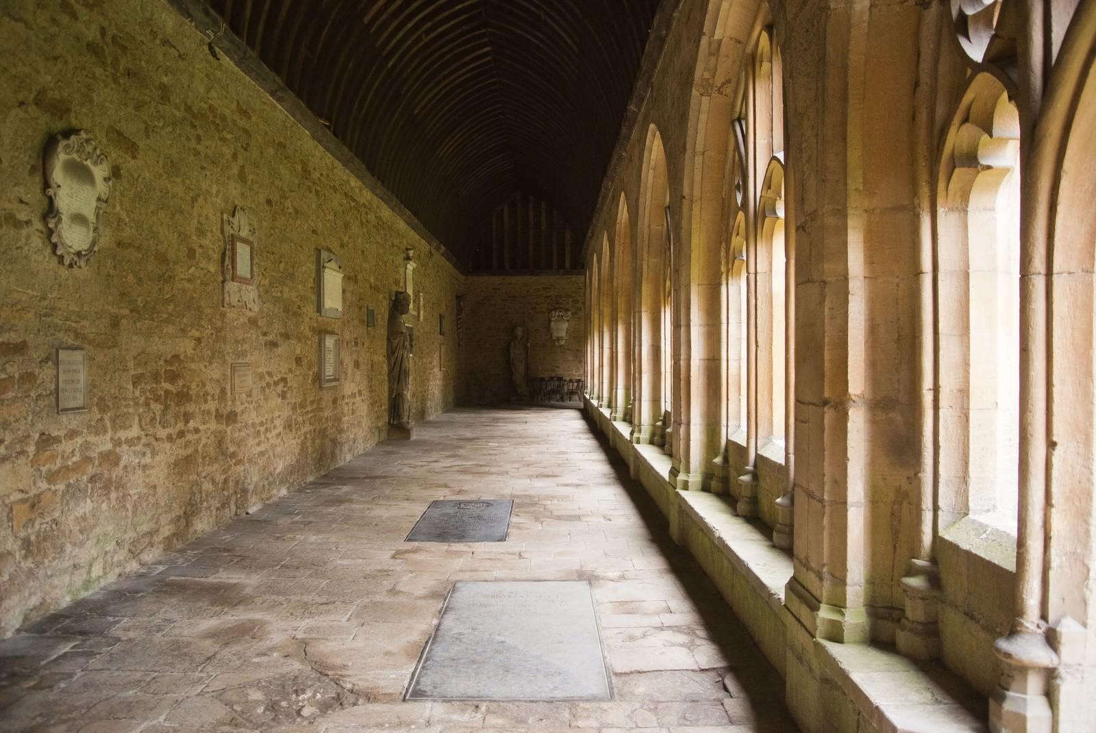 「オックスフォード ニューカレッジ」の写真