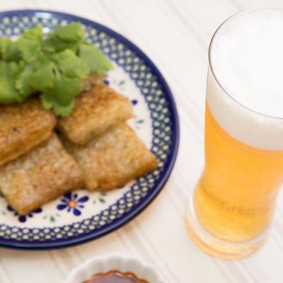 「ビールとよく合う大根もち」の写真素材