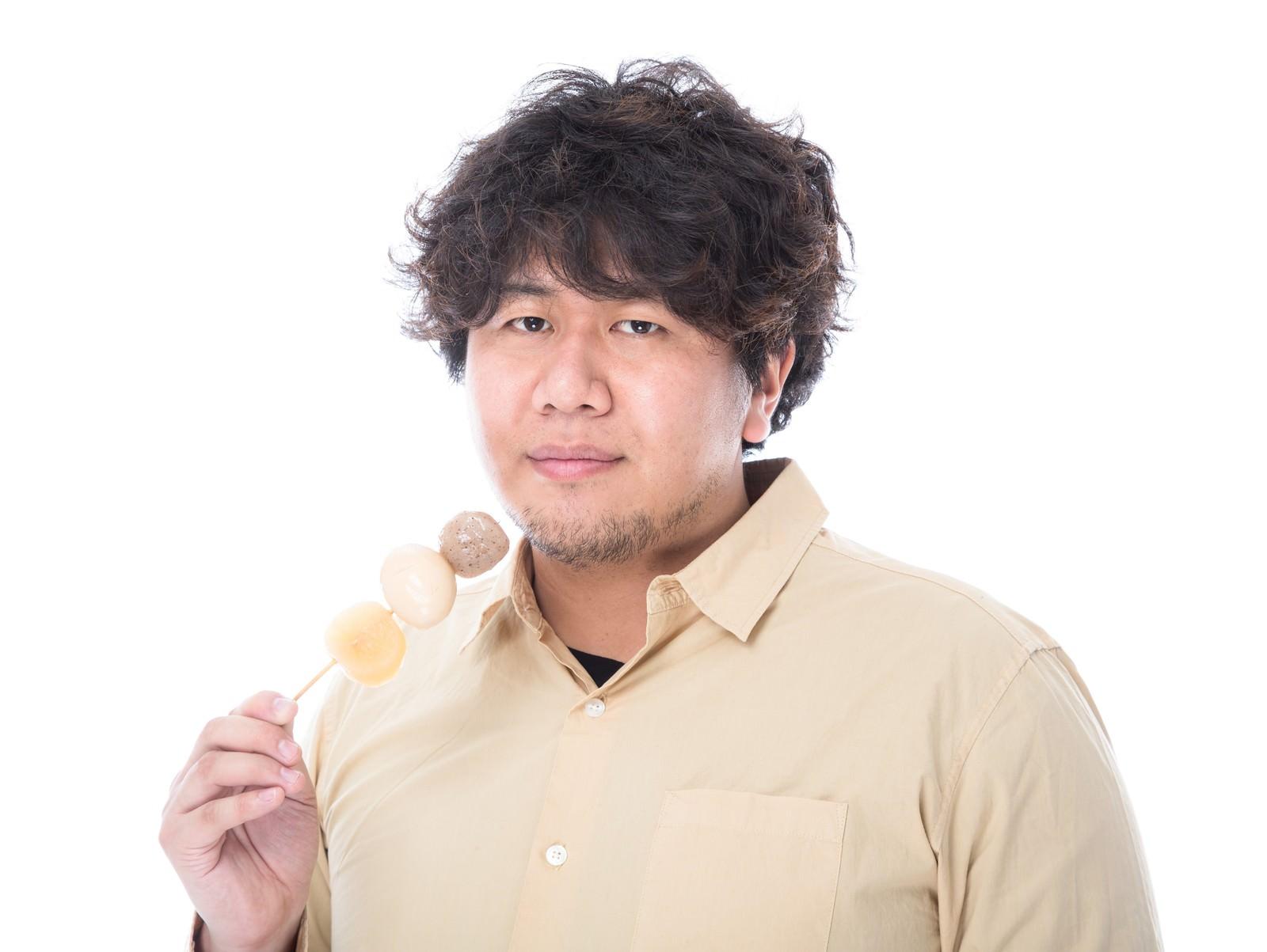 「太りたいならコンビニでおでんを大量に買いなさい太りたいならコンビニでおでんを大量に買いなさい」[モデル:朽木誠一郎]のフリー写真素材を拡大
