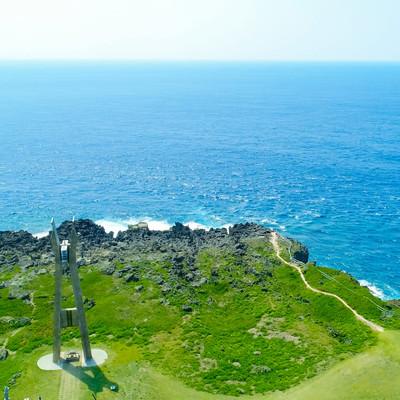 「戦艦大和慰霊塔と大海原」の写真素材