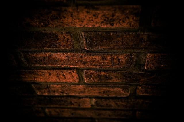 「赤レンガ(ホラー)」のフリー写真素材