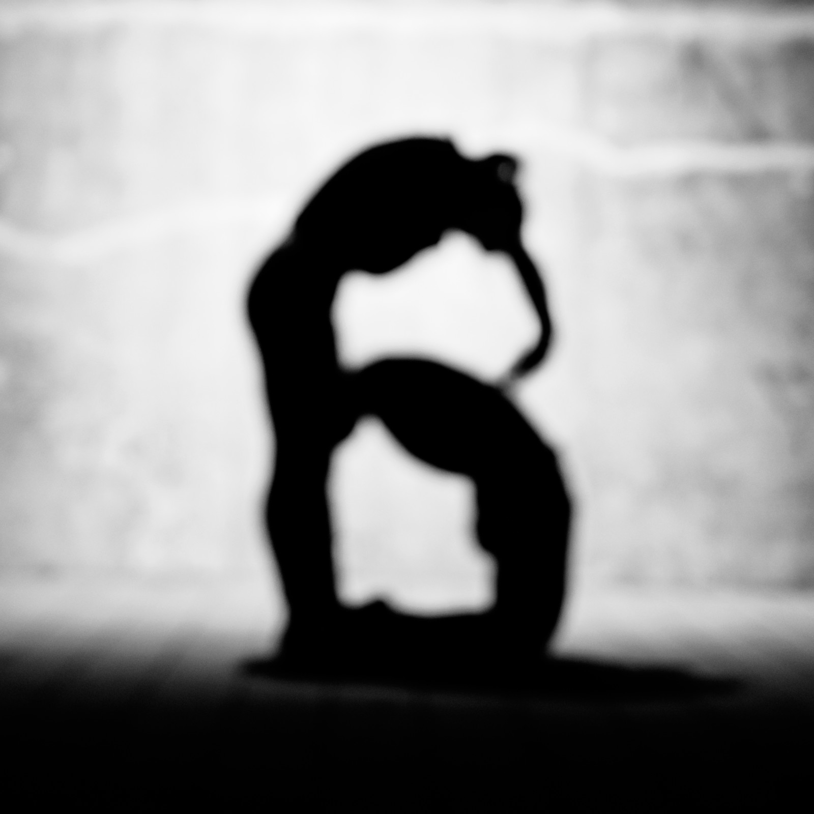 「「B」のアルファベット(人文字)」の写真