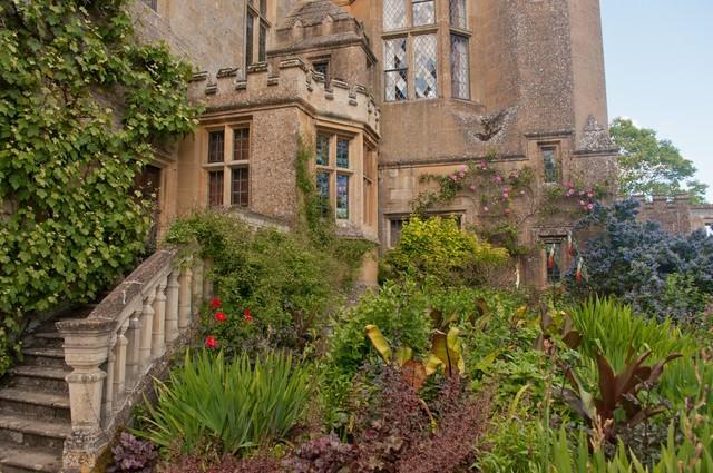 スードリー城の庭の写真