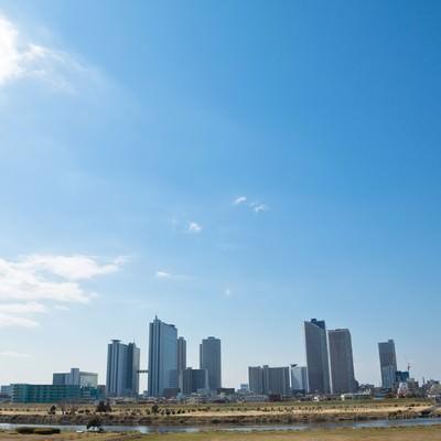「多摩川からの町並み」の写真素材
