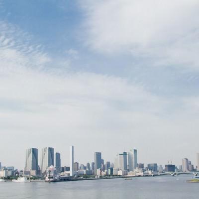 「レインボーブリッジからの東京の町並み」の写真素材