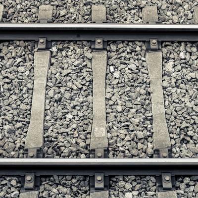 「駅の線路」の写真素材