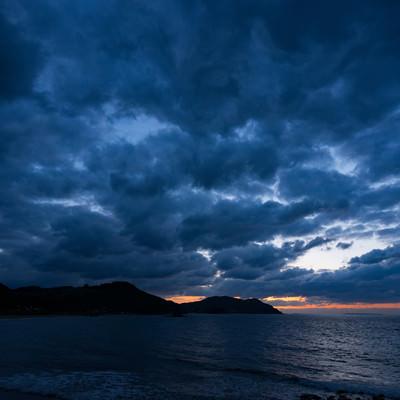 「日が沈む」の写真素材