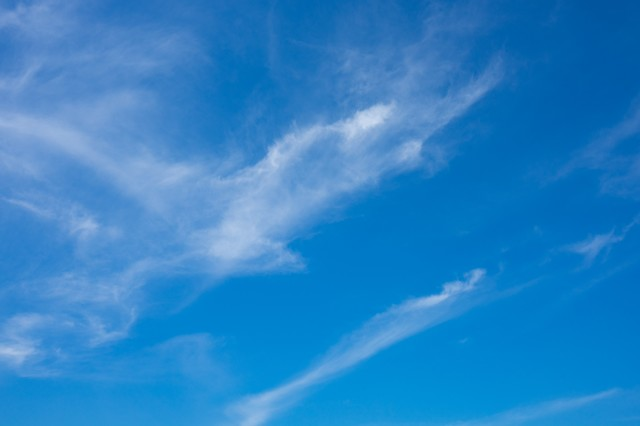 空・青空の写真