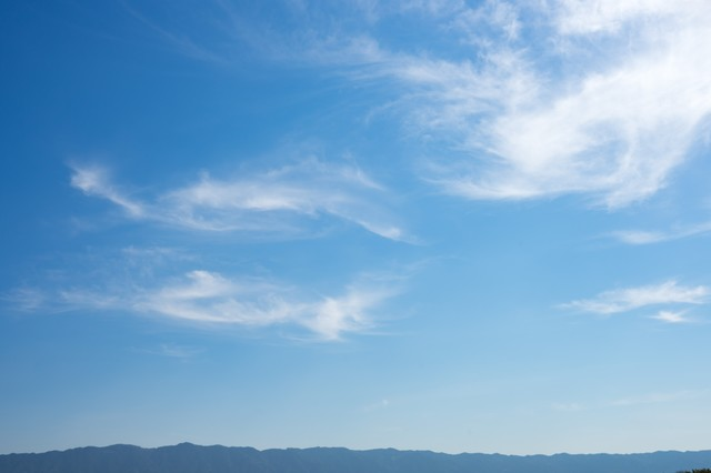 山沿いは一時晴れの写真