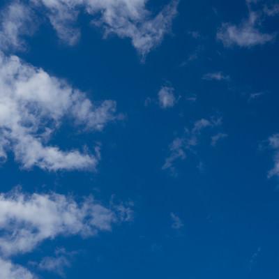「雲と空模様」の写真素材