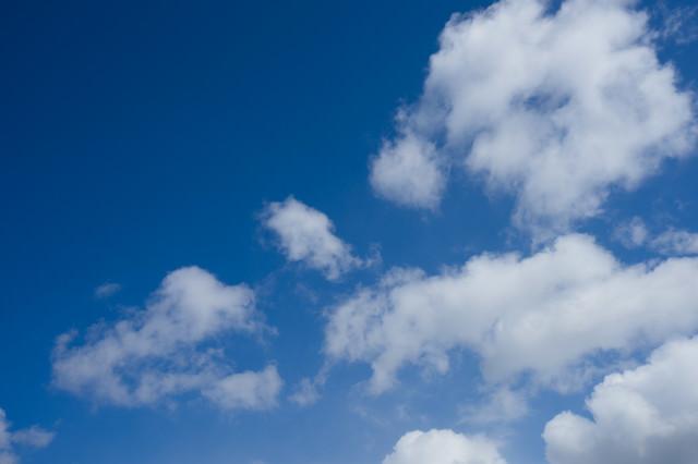 快晴だと思ったら雲が出来てたの写真