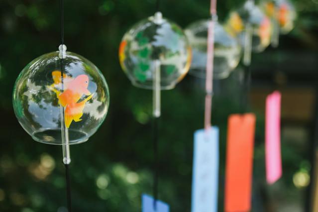 「ガラスの風鈴」のフリー写真素材