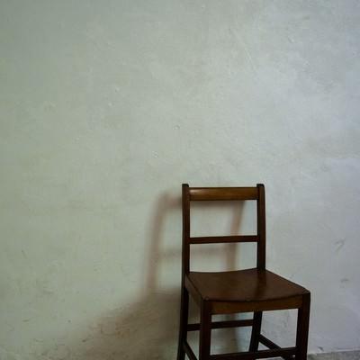 「木製の椅子」の写真素材