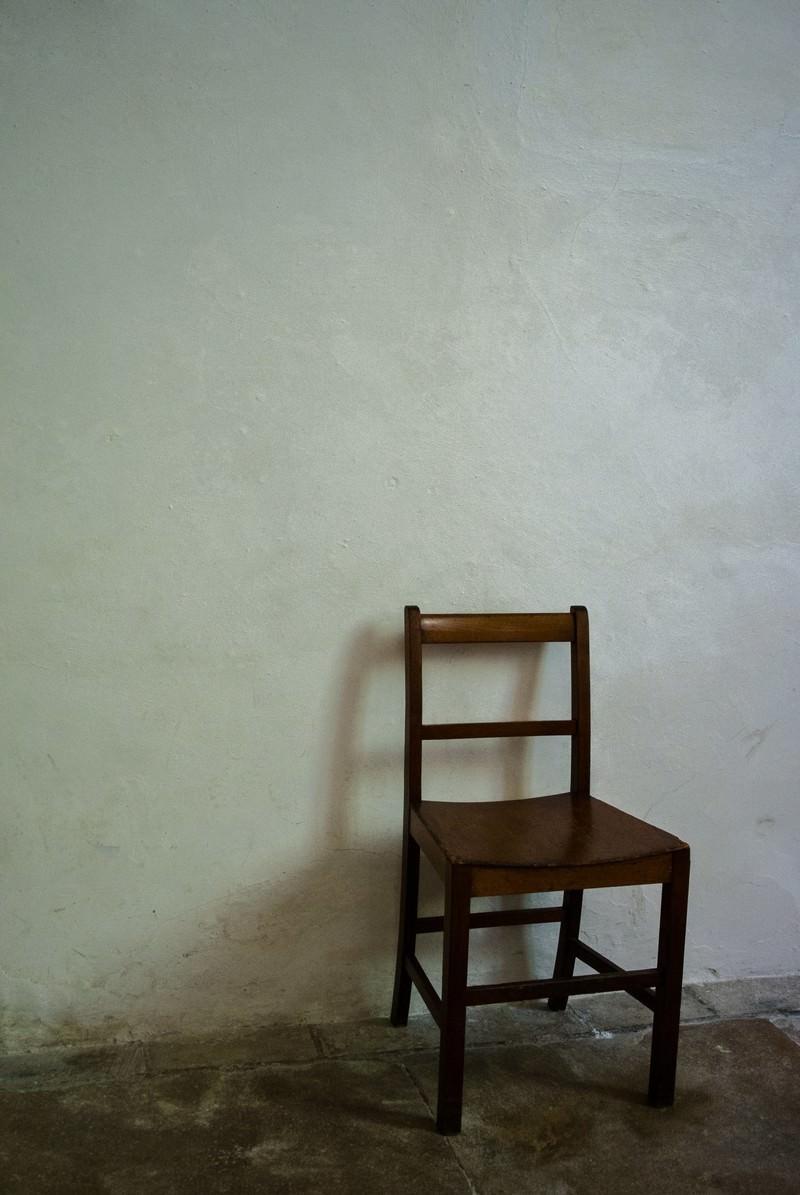 「木製の椅子」の写真