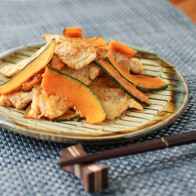 「豚とかぼちゃの生姜焼き」の写真素材