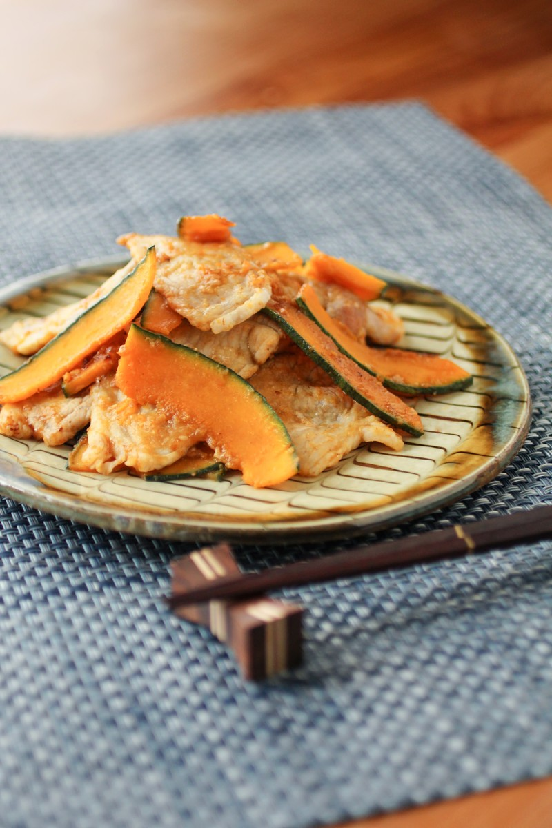 「豚とかぼちゃの生姜焼き」の写真