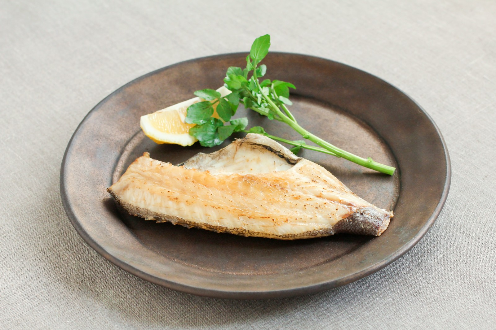 「焼き魚焼き魚」のフリー写真素材